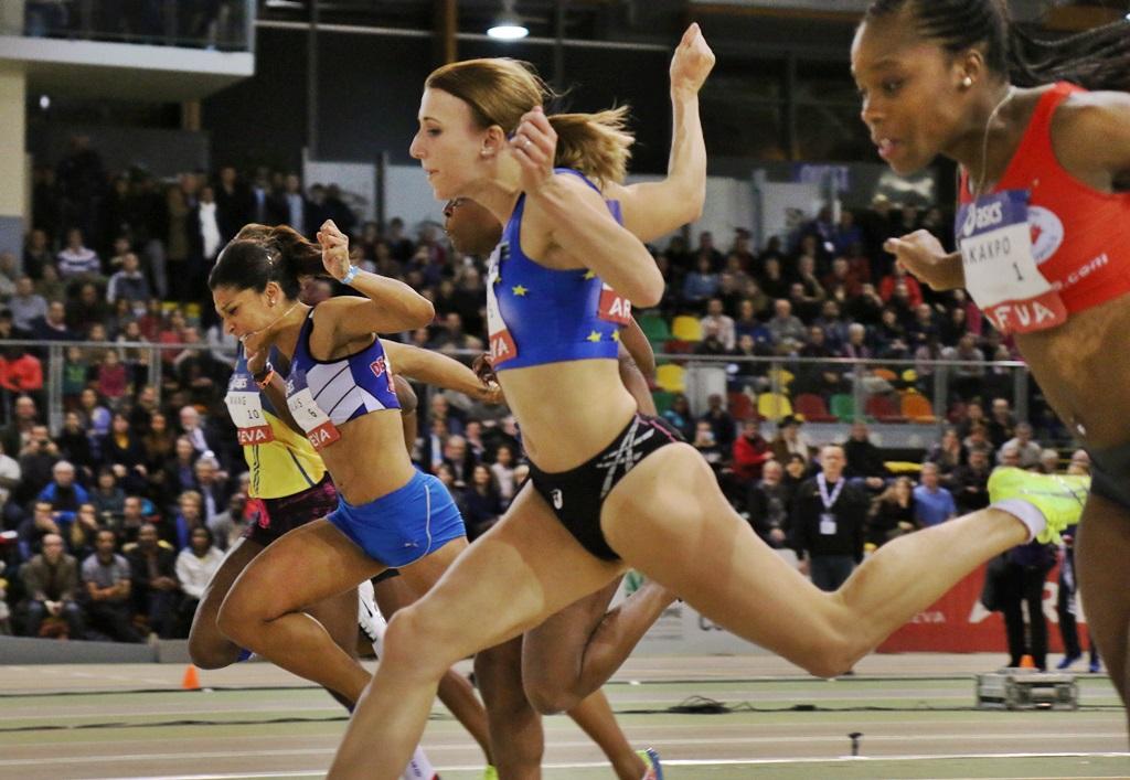 Céline Distel Bonnet championne de France en salle avec 7