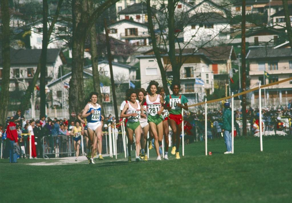 Albertina Dias médaillée d'argent (dos. 281)