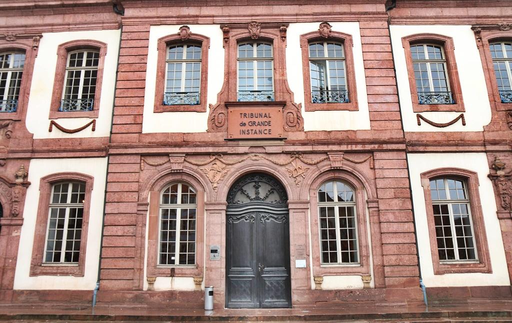 acherki tribunal facade a