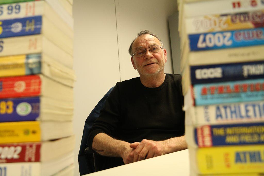 Jean Claude Vollmer dans son bureau de l'INSEP