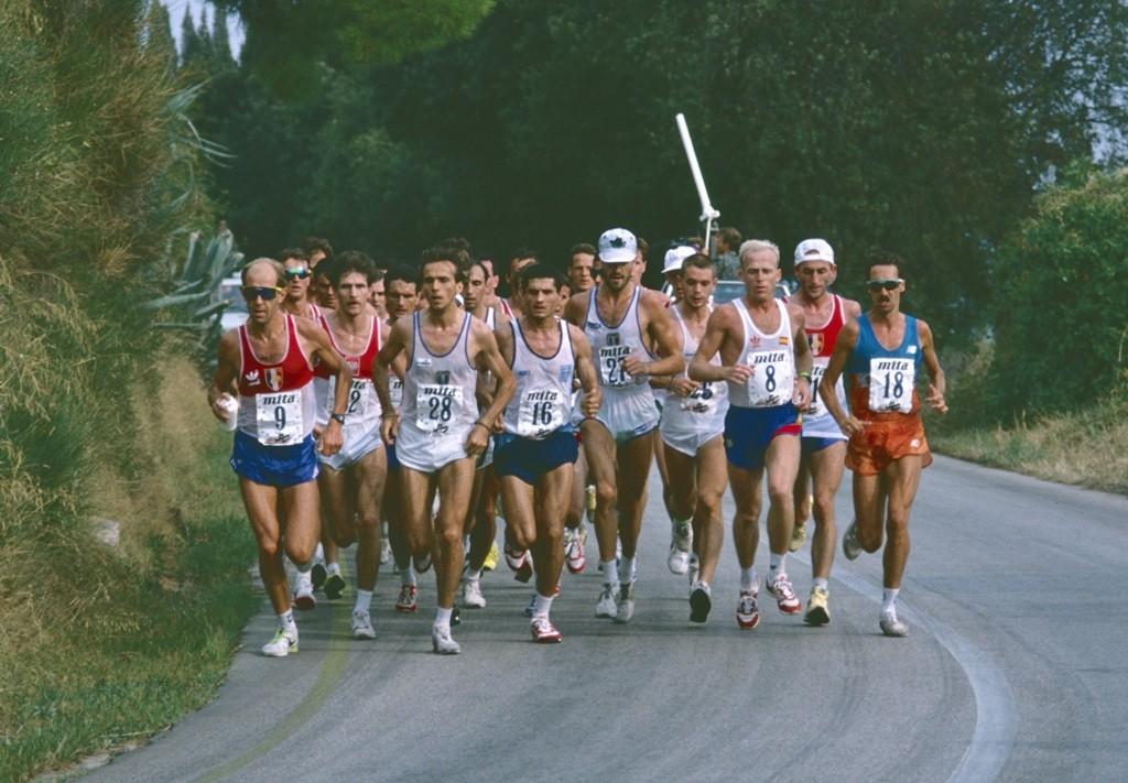 A Split lors des Europe 90, Pascal Zilliox, second à droite,  Dominique Chauvelier premier à gauche (photo JPR)