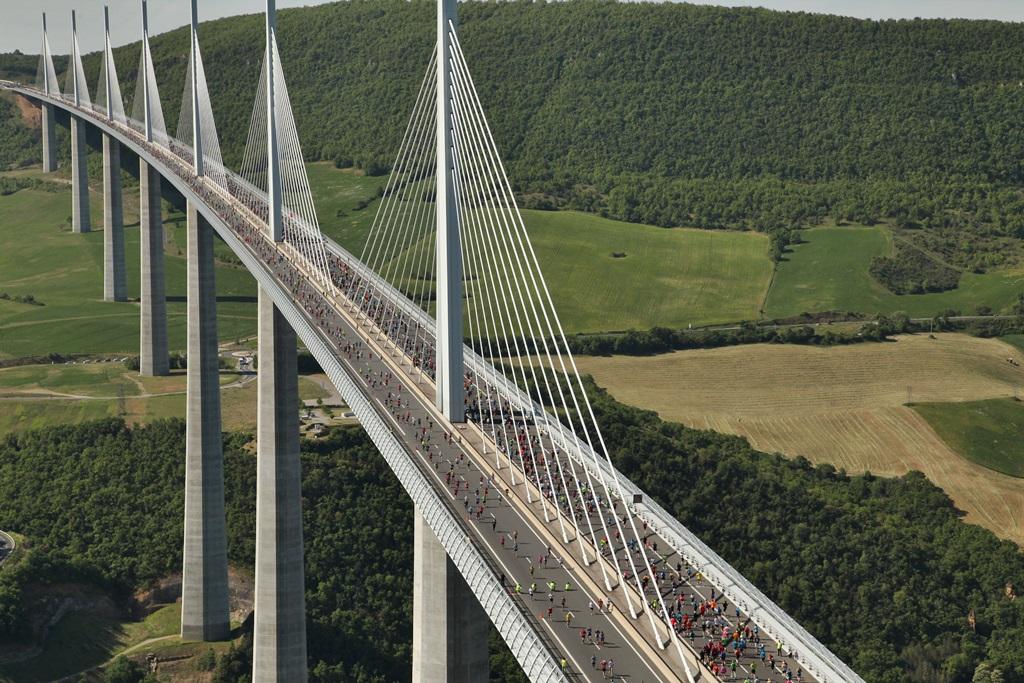 Le 22 mai, 15 000 coureurs vont avoir le privilège de courir sur le plus haut viaduc du monde