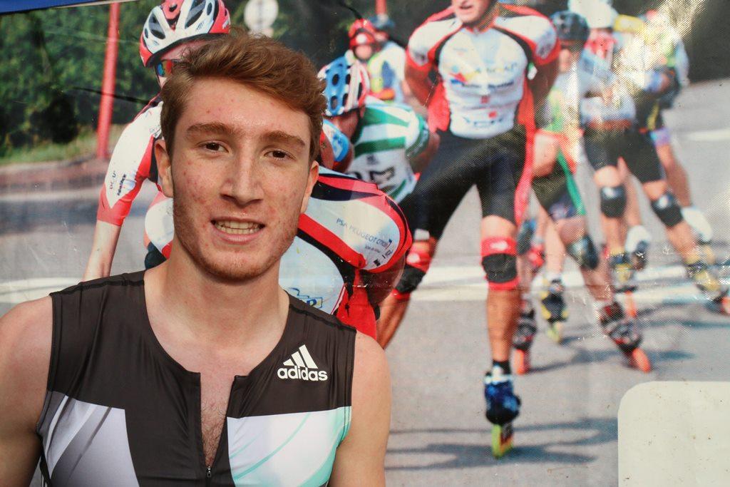 Baptiste Mischler radieux après sa course de Montbéliard