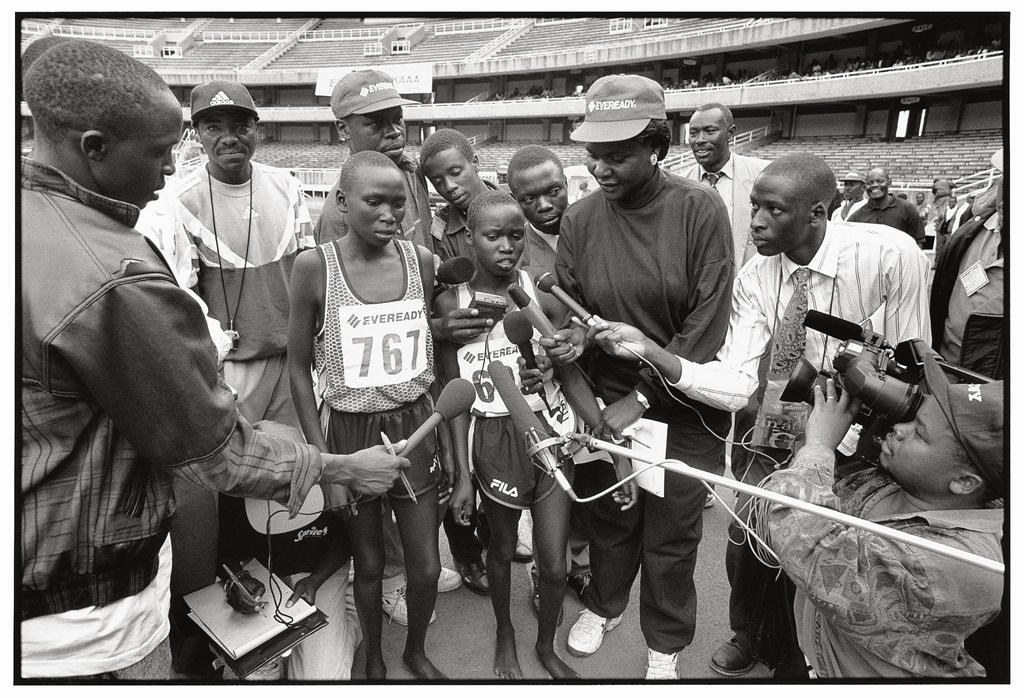 Vivian Cheruiyot en 2000 lors des sélections olympiques à Nairobi (photo Gilles Bertrand)