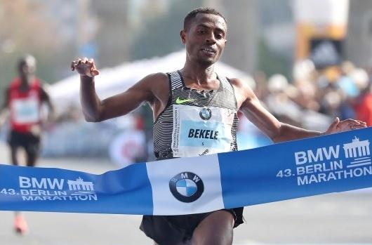 Kenenisa Bekele vainqueur de Berlin en 2h 03'03''