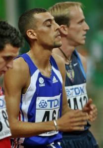 Fouad Chouki se concentre avant sa finale de Paris 2003