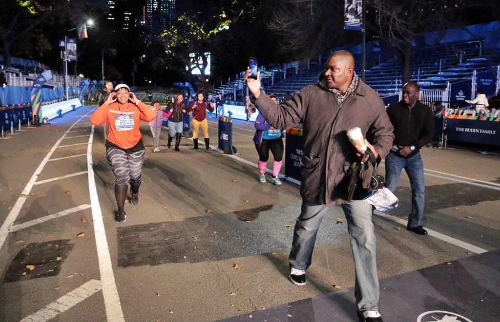 marathon-de-new-york-finish-de-nuit-52