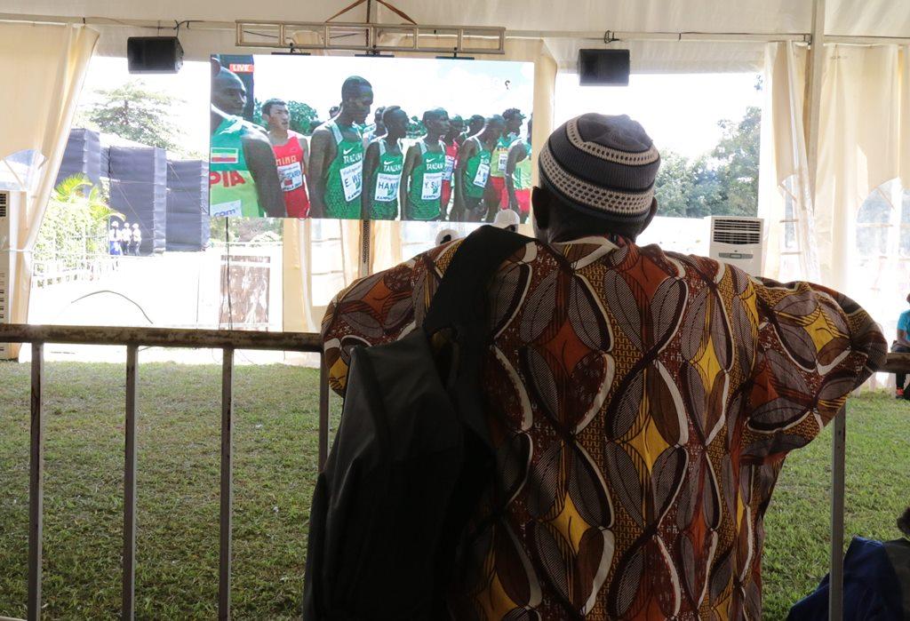 kampala seniors femmes 38