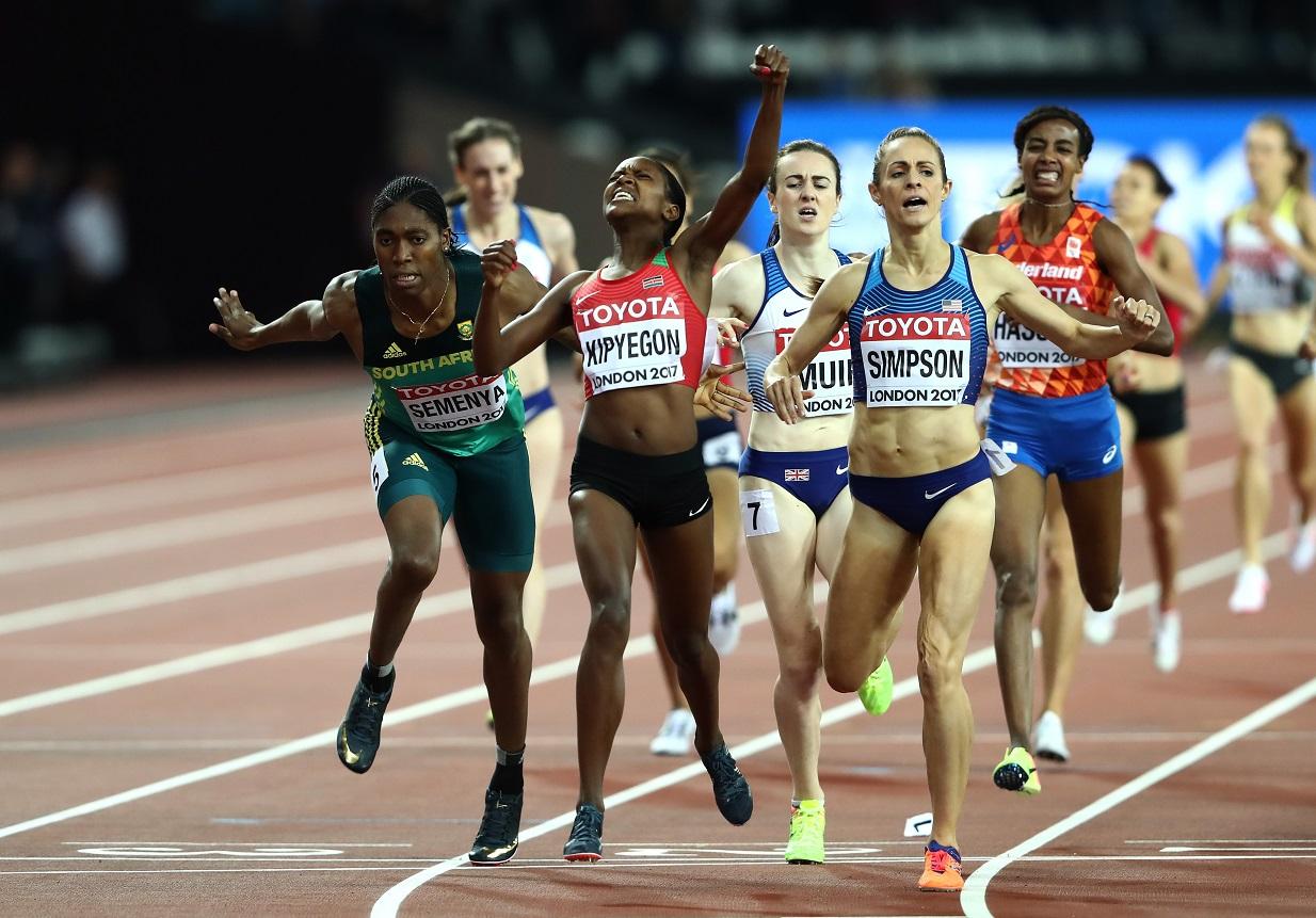 Caster Semenya, 3ème, Faith Chepngetich Kipyegon, 1ère, Jennifer Simpson 2ème, sur le 1500 m