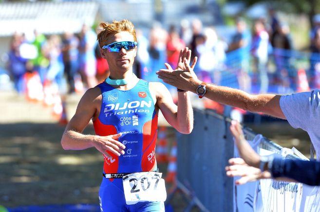 Plusieurs triathlètes suspendus pour dopage