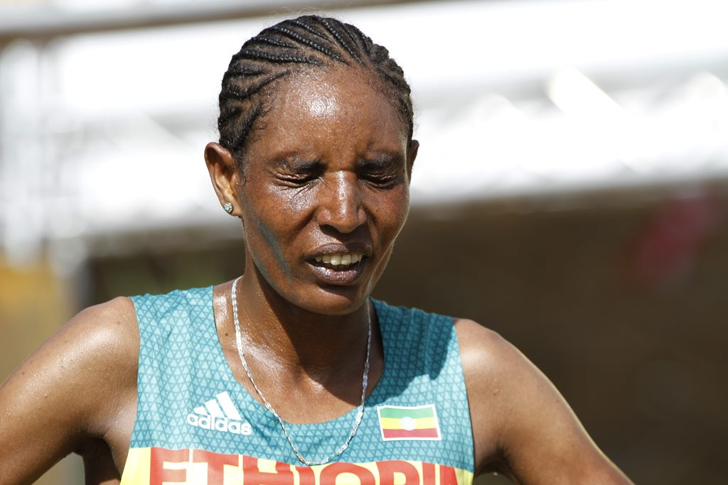 kampala seniors femmes 18