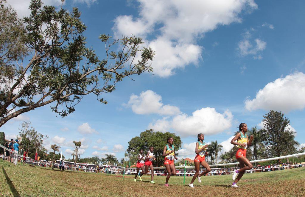 kampala seniors femmes 28