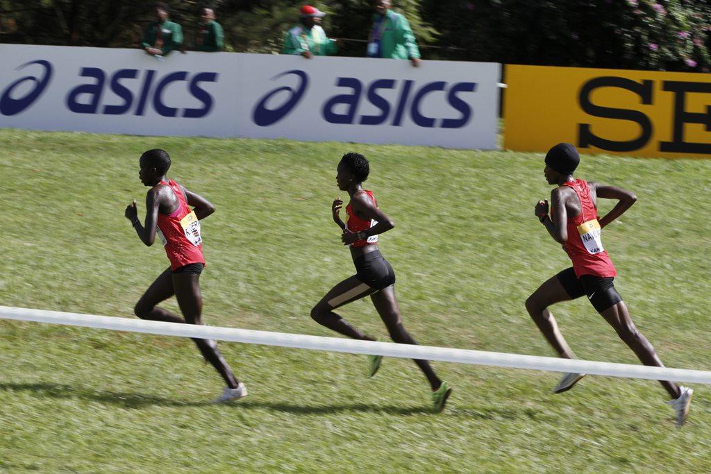 kampala seniors femmes 9